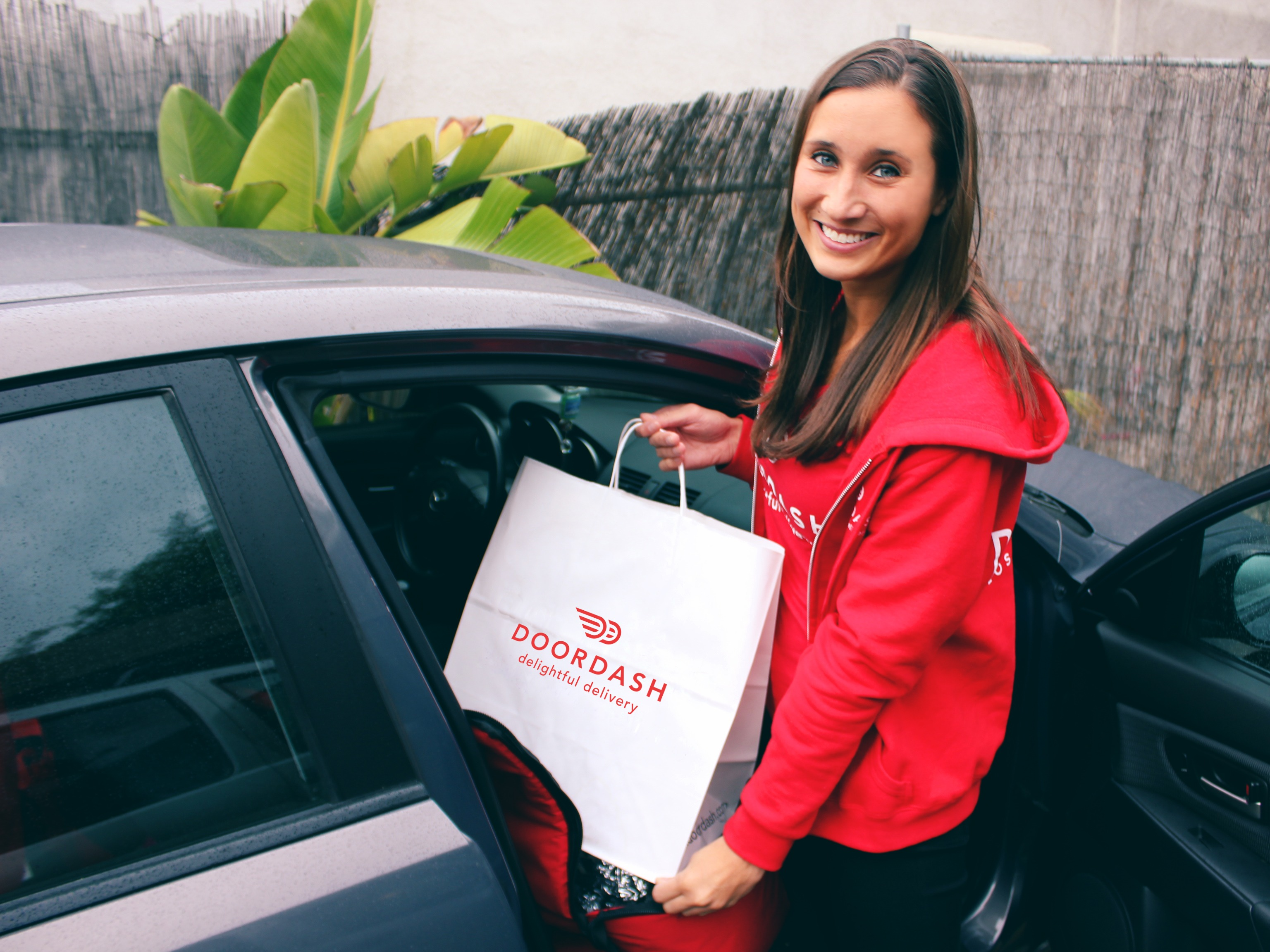delivery-startup-doordash-is-promising-to-send-7-eleven-food-and-drinks-to-your-home-in-45-minutes-or-less